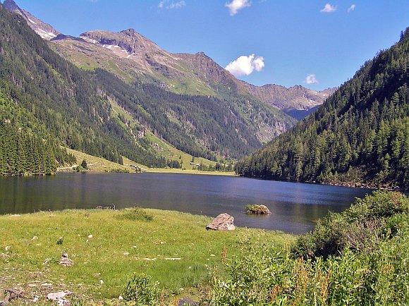 Schöner ein schöner Bergsee in den Schladminger Tauern